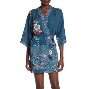 NWT Flora Nikrooz Ariana crepe kimono robe